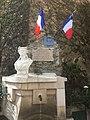 Fontaine Marianne Villecroze 1.jpg