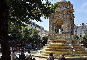 Place Joachim-du-Bellay - The Fountain of Innocents