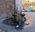 Fontana nei pressi dell' Arco di Gallieno.JPG