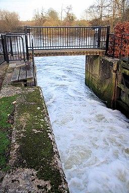 Footbridge across Dedham Lock - geograph.org.uk - 1054370