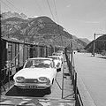 Ford 17M van Willem Van de Poll op de autotrein, Bestanddeelnr 254-5086.jpg
