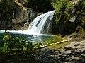 Fossil Creek Waterfall (25266154261).jpg