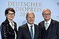 Frauke Gerlach, Olaf Scholz, Joachim Knuth - Deutscher Radiopreis 2016 05.jpg
