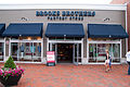 Freeport maine brooks brothers 07.07.2012.jpg