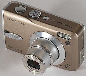 Fujifilm - Fujifilm FinePix F30 camera
