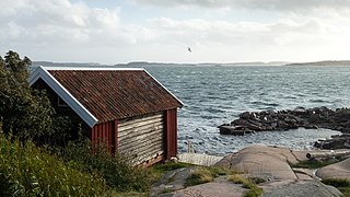 Gamlestan fishing hut and harbor at Vikarvet Museum 6.jpg
