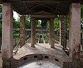 Garden of the Casa della Nave Europa (Pompeii).jpg