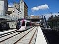 Gare d'Epinay-Villetaneuse T11 avec un U 53600 à quai direction Le Bourget.jpg