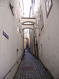 Gasse Passau 05.JPG
