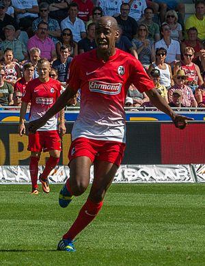 Gelson Fernandes - Fernandes playing for SC Freiburg in 2013