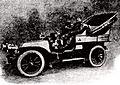 Georges Cormier en décembre 1904, au retour d'un raid France-Italie-Serbie-Russie, sur De Dion-Bouton 15 hp.jpg