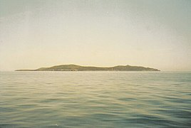 Giannutri island from the see - 2002.jpg
