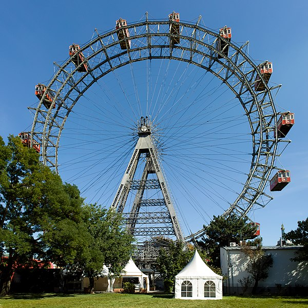 File:Giant Ferris Wheel Vienna from W on 2010-09-20.jpg