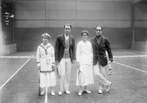 Geraldine Beamish - Beamish (2nd from right) with Golding, Laurentz and Decugis in 1919.