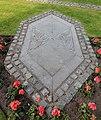 Grave of Giles Gilbert Scott 1.jpg