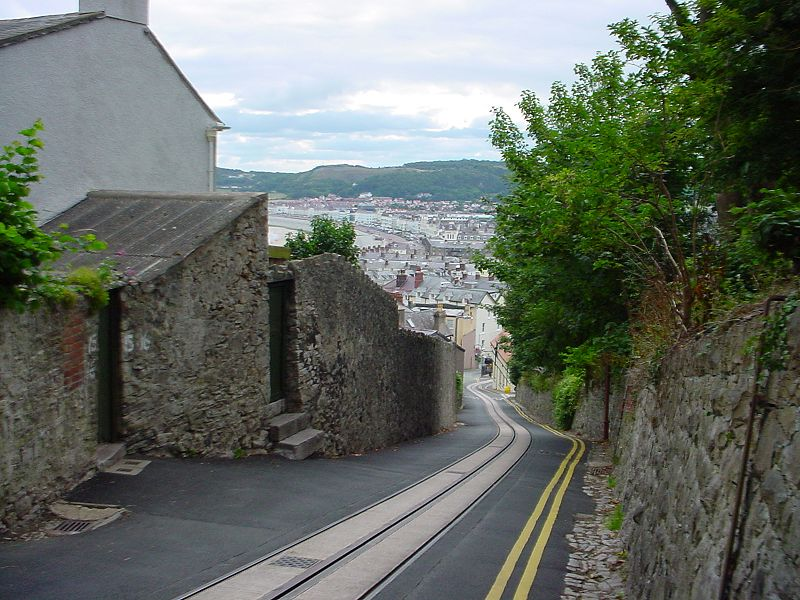 File:Great Orme Tramway down Old Road.jpg