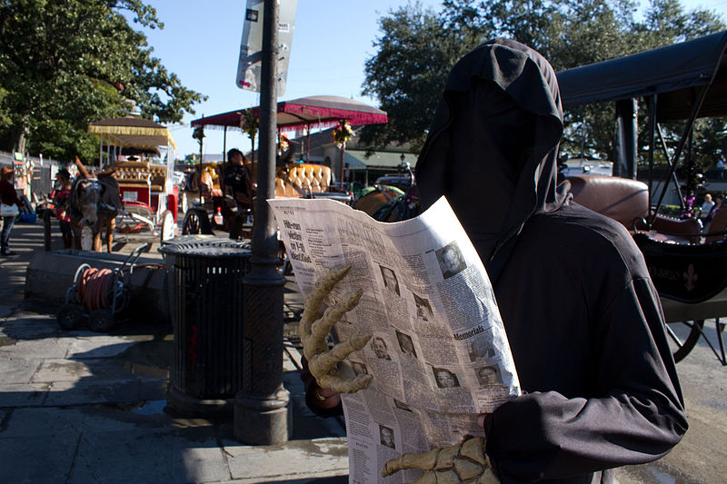 File:Grim Reaper carriage rides, Halloween in NOLA.jpg