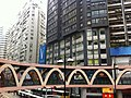 HK CWB Yee Wo Street round shape footbridge Causeway Bay V Serviced Apartments Jan-2013.JPG