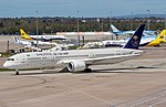 HZ-ARA Saudia B787 Dreamliner (25993641534).jpg