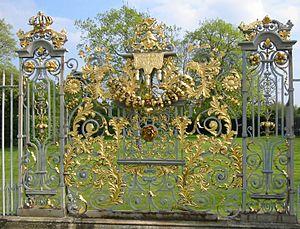 Jean Tijou - Image: Hampton Court Avri 2009 62