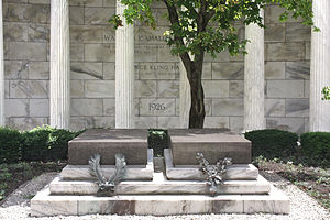 Harding Tomb - The graves of Warren G. and Florence Harding, in the center of Harding Tomb.