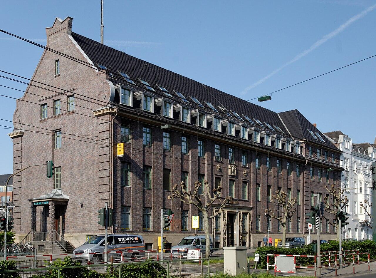 Datei Haus Luegallee 52 in Duesseldorf Oberkassel von
