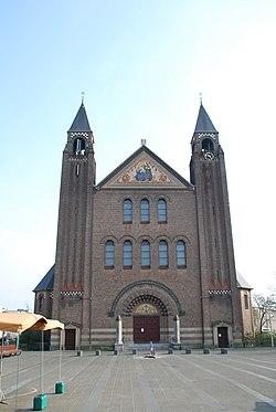 Heilige Familiekerk Den Haag-2.JPG