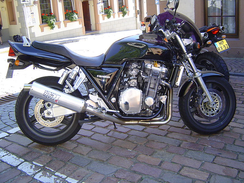 file honda cb 1000 big one jpg wikimedia commons. Black Bedroom Furniture Sets. Home Design Ideas