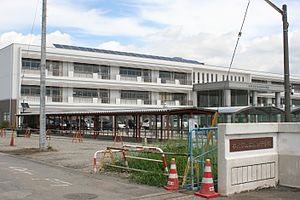Honjo Higashi Junior High School.jpg