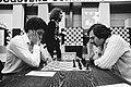 Hoogovenschaaktoernooi te Wijk aan Zee Seirawan (links speelt tegen Brown, Tim, Bestanddeelnr 930-6458.jpg