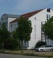 Hotel - panoramio - Immanuel Giel.jpg