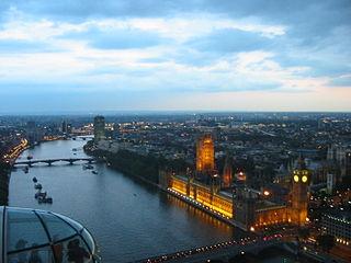 לונדון איי בלילה