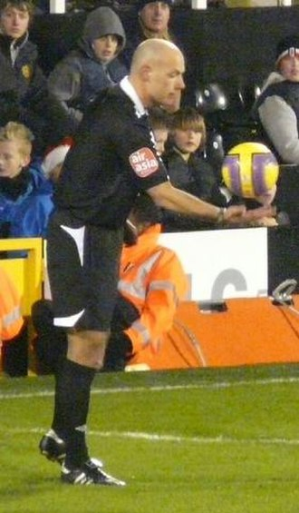 Dropped-ball - Howard Webb performing a dropped-ball in a Premier League match in 2007.