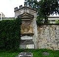 Hrobka Herbersteinů ve Velkých Opatovicích.jpg