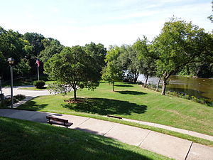 Hubbard Park (Shorewood, Wisconsin) - Image: Hubbard Park view 1