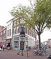 Huis en winkel. Blauwstraat 1. detail 1.jpg