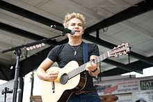 Hunter Hayes bernyanyi di Frederick, Maryland 2012