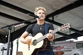 Hunter Hayes2.jpg