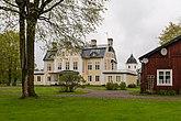 Fil:Husby kungsgård May 2015.jpg