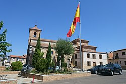 Iglesia de San Julián y Santa Basilisa, El Casar de Escalona 02.jpg