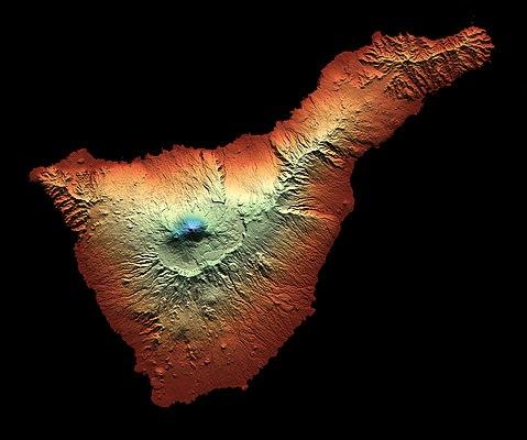 Imagen sintética de Tenerife.jpg