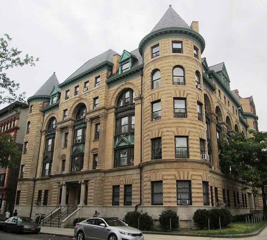Montrose Square Apartments Fort Wayne