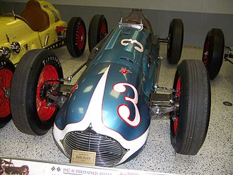1948 Indianapolis 500 - Image: Indy 500Winning Car 19471948