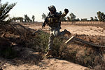 Iraqi Police, Wolfhounds Air Assault Into Hussaniyah DVIDS150104.jpg