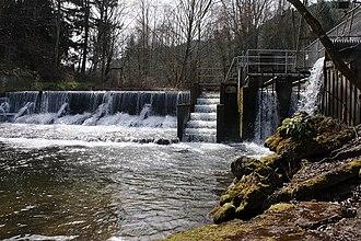 Issaquah Creek - Upper dam on Issaquah Creek