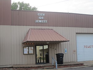 Jewett, Texas - Image: Jewett, TX, City Hall IMG 2290