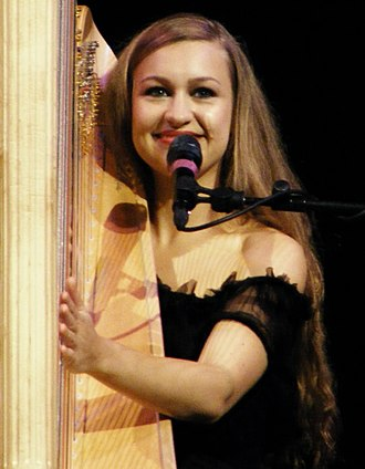 Joanna Newsom - Newsom performing in 2010