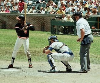 Jody Davis (baseball) - Jody Davis catching during a Giants-Cubs game in 1981, his rookie year.