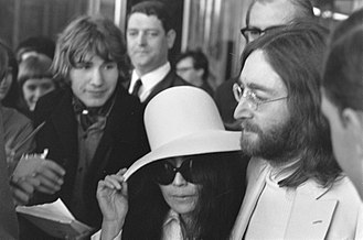 Break-up of the Beatles - Yoko Ono and John Lennon, 1969