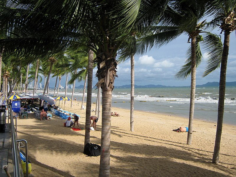 File:Jomtien Beach (11).jpg